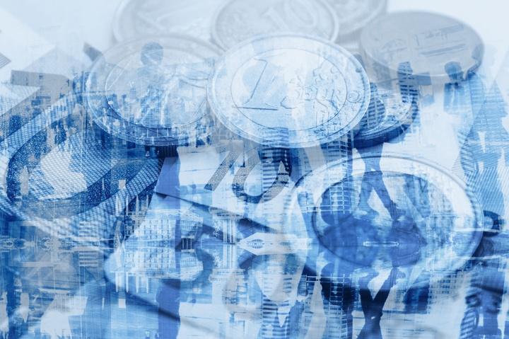 Darstellung vom Geld. Transparenz über den Einsatz  öffentlicher Mittel erhöhen - Copyright: Foto: c_iStock.com/anyaberkut